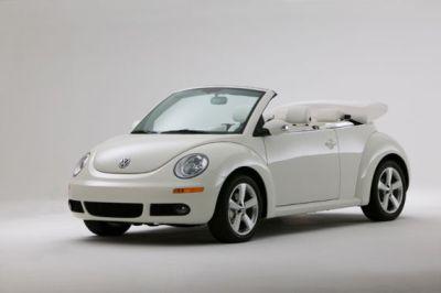 new beetle triple white ma solo per il mercato americano. Black Bedroom Furniture Sets. Home Design Ideas