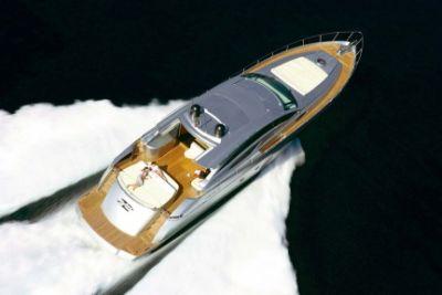 pershing_72_yacht_d.jpg