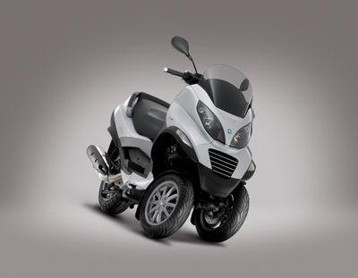 Le novità Piaggio – Mp3 HyS ibrido, Vespa Special e Ape calesse