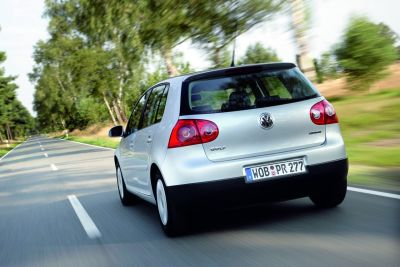 volkswagen-golf-bluemotion-01.jpg