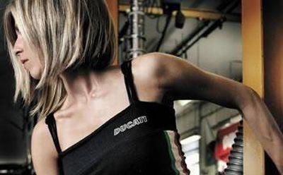 Ducati Apparel 2008 – i nuovi capi di abbigliamento griffati dalla casa motociclistica campione del mondo