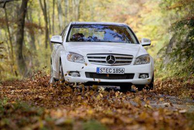 Mercedes-Benz, nuova generazione di modelli 4MATIC: trazione e stabilità ulteriormente migliorati