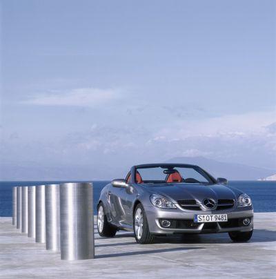 Mercedes-Benz presenta la nuova generazione di SLK, emozionante, potente ed attenta ai consumi