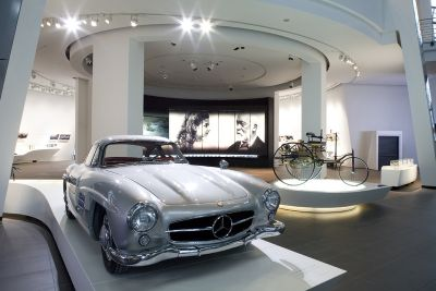 amg-benz-center-mercedes-milano-moto-sl.jpg