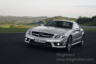 Mercedes SL 65 AMG con motore V12 biturbo da 450 kW/612 CV