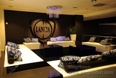 berlino-boutique-concept-lancia-lifestyle-lounge-showroom-02.jpg