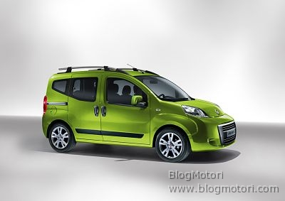 A Ginevra Fiat presenta una nuova versione del modello Fiorino destinato al trasporto persone