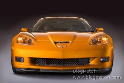 2008-corvette-coupe-decappottabile-ls3-v8-01.jpg