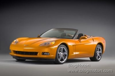 2008-corvette-coupe-decappottabile-ls3-v8-03.jpg