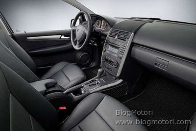 a-classe-mercedes-nuova-restyling-03.jpg