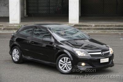 Opel Astra GTC Anniversary: dallo spot-tv al My Special Car Show