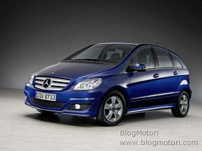b-blueefficiency-classe-gas-mercedes-natural-ngt-technology-01.jpg