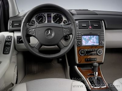 b-blueefficiency-classe-gas-mercedes-natural-ngt-technology-03.jpg