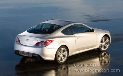 coupe-genesis-hyunday-2009-02.jpg