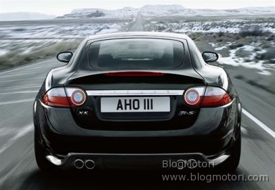 coupe-jaguar-sequential-shift-xkr-s-01.jpg