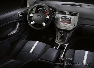 crossover-ford-ginevra-kuga-03.jpg