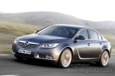Nuova Opel Insignia, trazione integrale, autotelaio attivo e 5 motori disponibili al momento del lancio in Italia