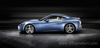 Luca Cordero di Montezemolo prova la nuova Ferrari California