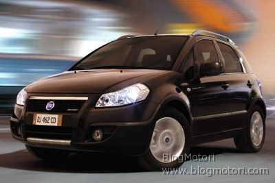 Fiat Sedici amplia l'offerta, nasce la 4×2
