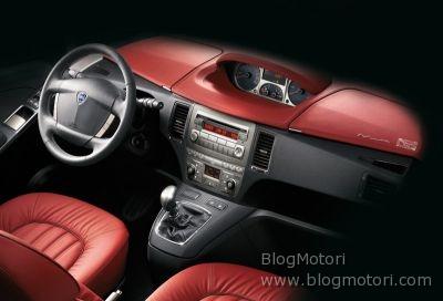 "Lancia Musa ""Poltrona Frau"", in vendita a partire da 21.500 euro"