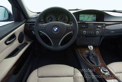 nuova-bmw-serie-3-e90-restyling-cabrio-coupe-xdrive-efficientdynamics