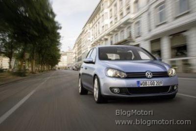 Nuova Volkswagen Golf VI, ecco le prime immagini