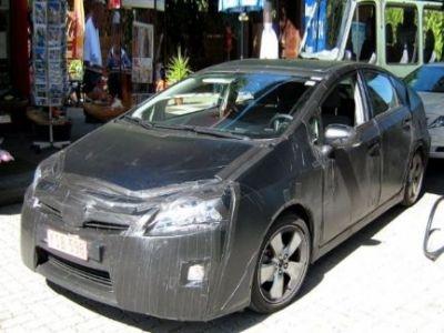 Toyota lavora alla nuova generazione della Prius