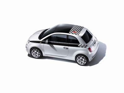 """Fiat 500 """"F1TM Limited Edition"""" sul circuito del Gran Premio di Singapore"""