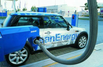 Il Parlamento Europeo dà l'ok alle auto ad idrogeno
