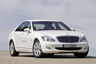 S 400 BlueHYBRID Mercedes-Benz, trazione ibrida e tecnologia a ioni di litio
