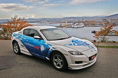Mazda ha annunciato oggi l'arrivo della RX-8 Hydrogen RE (motore Rotary) sulle strade della Norvegia