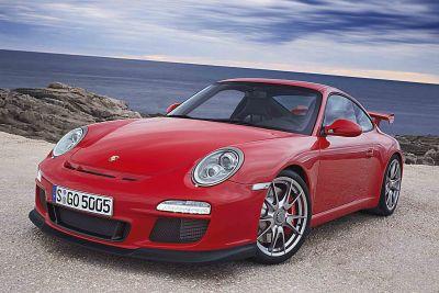 La nuova Porsche 911 GT3, ancora più potente, veloce e perfezionata rispetto al modello precedente