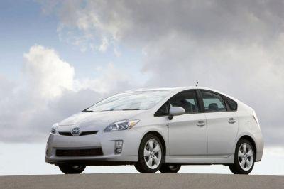 La Toyota Prius si rinnova