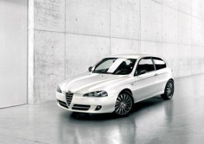Moving: Serie Speciale di Alfa Romeo 147 da 17.230 euro
