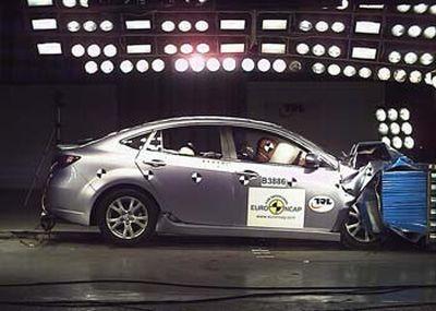 Mazda6: 5 Stelle nel Test Sicurezza Euro NCAP