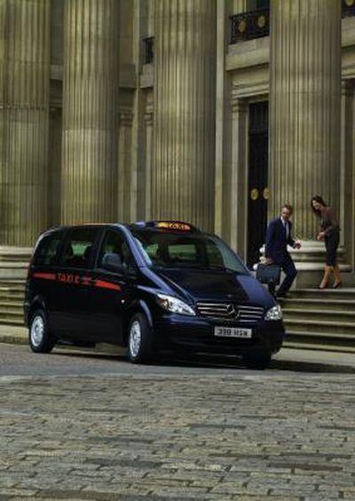 mercedes-benz-vito-taxi-londra-02