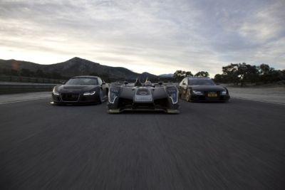 audi-r15-tdi-in-pista-la-seconda-generazione-della-vettura-diesel-da-competizione-03