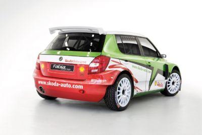 ecco-la-fabia-super-2000-dello-skoda-rally-team-italia-03