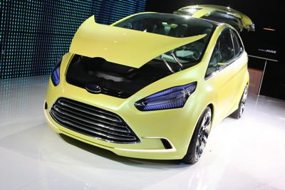ginevra-2009-ford-presenta-il-multi-activity-vehicle-iosis-max-03