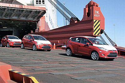 La nuova Ford Fiesta sbarca, letteralmente, negli USA