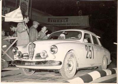 L'Alfa Romeo 1900 TI del 1954 n. 251 torna alla Mille Miglia