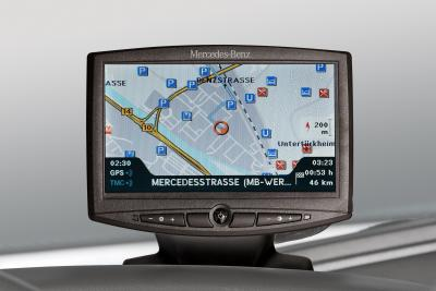mercedes-benz-disponibile-per-atego-axor-e-actros-il-nuovo-truck-navigation-system-02