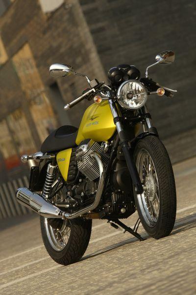 Moto Guzzi V7 Cafe Classic my09