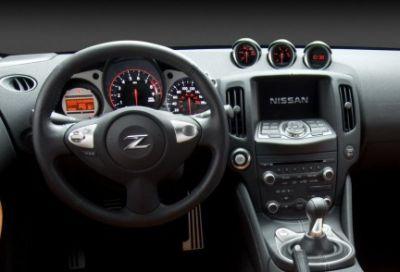 nuova-nissan-370z-03