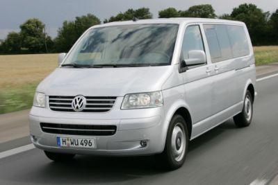 nuovo-volkswagen-multivan-comfortline-passo-lungo-01