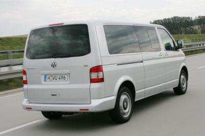 nuovo-volkswagen-multivan-comfortline-passo-lungo-02