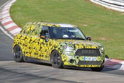Al Nurburgring girano le auto più attese dei prossimo mesi: il video