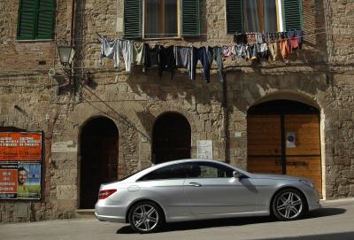 mercedes-benz-classe-e-coupe-perfetto-mix-di-fascino-ed-efficienza-05