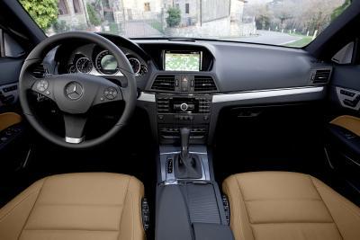 mercedes-benz-classe-e-coupe-perfetto-mix-di-fascino-ed-efficienza-06