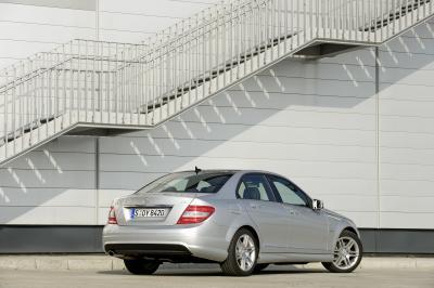 mercedes-classe-c-first-entry-level-da-29900-euro-02
